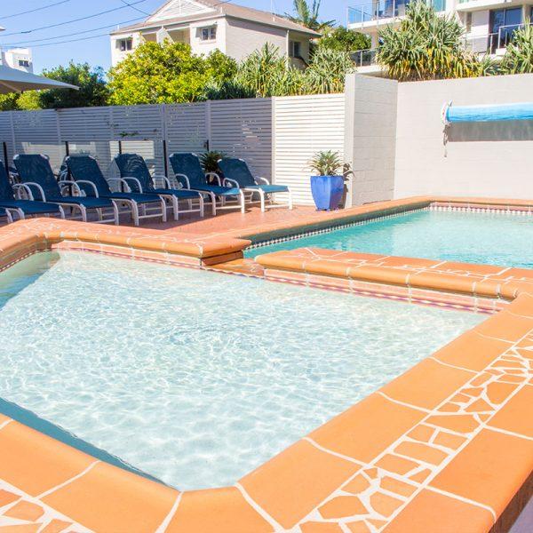 Windward Holiday Apartments Pool