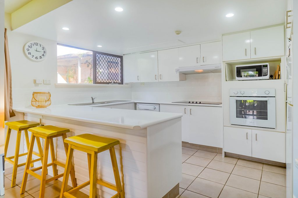 Mooloolaba self contained garden view holiday apartments